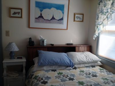 Photo for Summer deal Charming 3 Bedroom Cottage Walk To Beach, ice Cream .