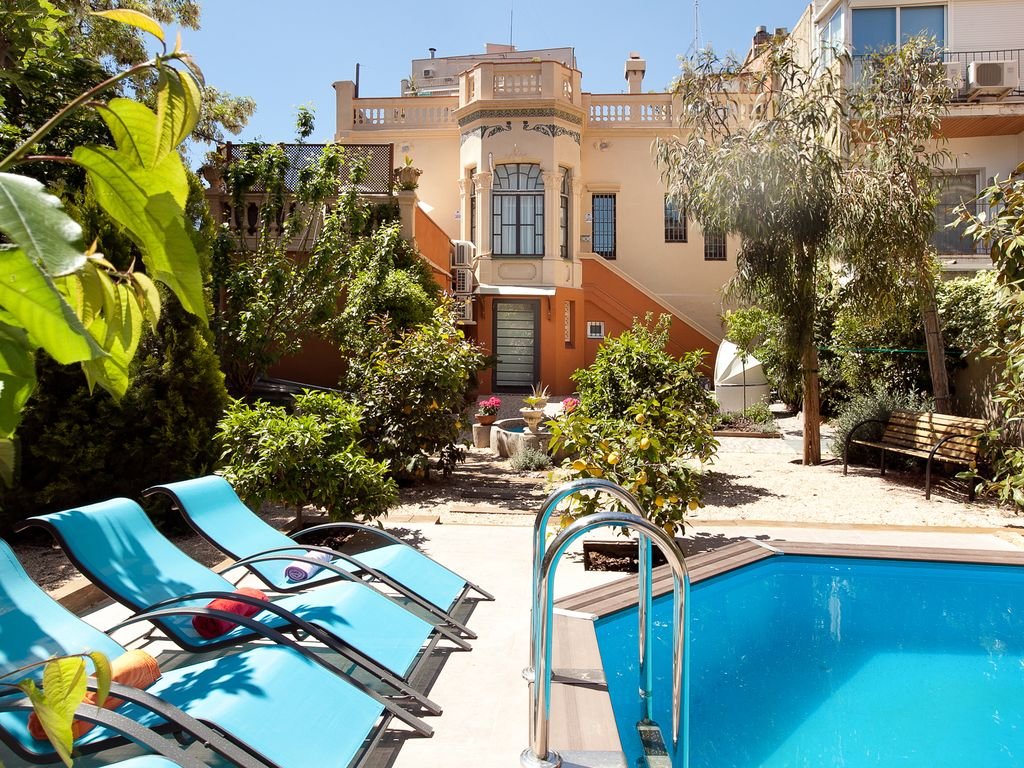 High Quality Barcelona Villa, Privater Garten Und Pool