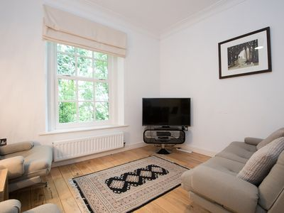 Photo for Apartment 4 The Grove minutes walk from Durham City