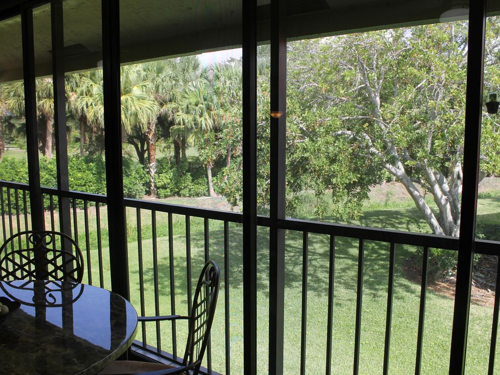 Spacious luxury Condo with a pool at Lexington Green in PGA National ...