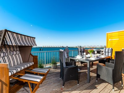 Photo for Spacious apartment with stunning views of Schlei, harbor and Baltic Sea
