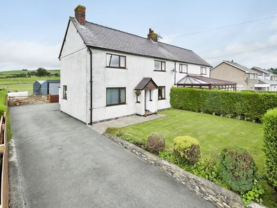 Photo for 3 bedroom accommodation in Cerrigydrudion, near Betws-y-Coed
