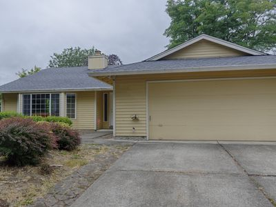 Photo for 3 bedroom Newly Remodeled Home