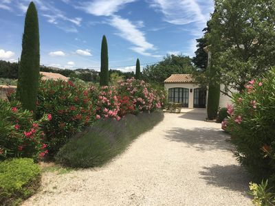 Photo for In the heart of Provence, calm and authenticity for a stay of dream!