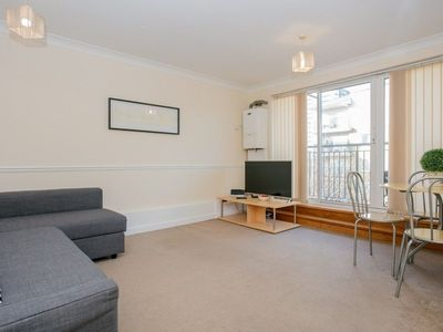 Photo for 1 Bedroom Flat with Balcony Accommodates 4