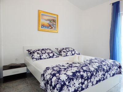 Photo for Apartment 4 with two bedrooms, wifi, satv, private parking, near the beach