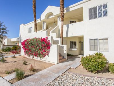 Photo for Palm Desert Thanksgiving week 1 bedroom villa Desert Breezes resort sleeps 4