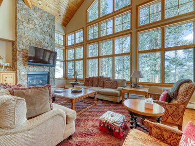 Photo for Ski-in/ski-out luxury home w/ private hot tub, and huge private gas grill!