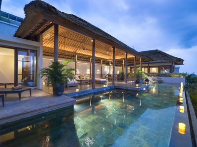 Photo for 6 bedroom villa with breathtaking view!
