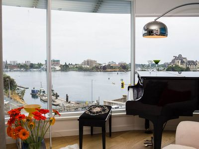 Photo for Maestro s Glass Palace by the Harbour