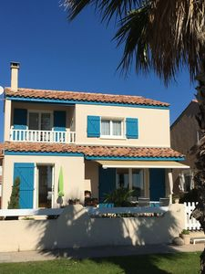 Photo for Detached holiday home with panoramic views of the sea and the Pyrenees