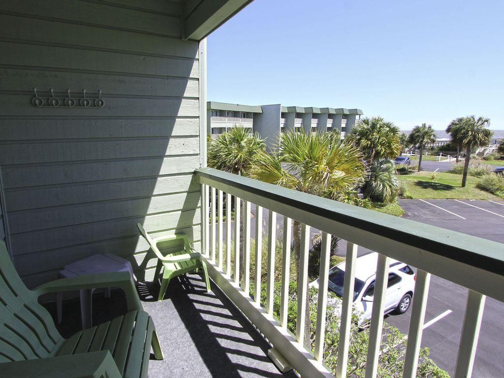property image 10 oceanfront condo with community pool and fishing