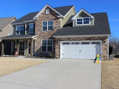 Photo for 2020 Masters Rental 5 BR / 3.5 Bath **EXCELLENT LOCATION** Sleeps up to 9