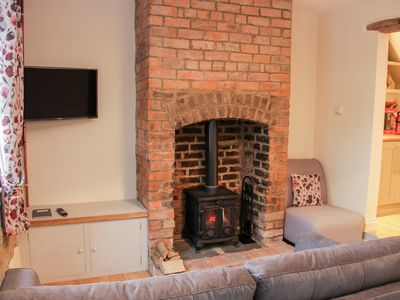 Photo for Pinner's Cottage, KNIGHTON