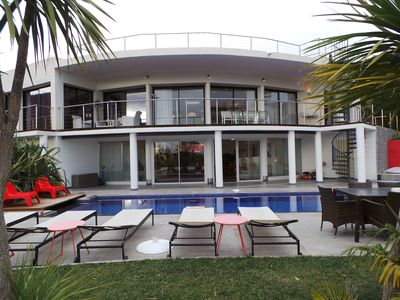 Photo for Very beautiful luxury contemporary villa with sea view, Cavalaire harbor and hills