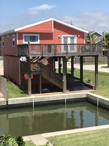 Photo for Adorable house on canal on Galveston Bay