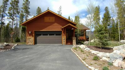Photo for Beautiful Mountain Home! Close To Town, Lakes And RMNP!