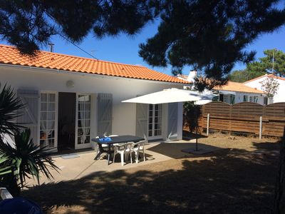 Photo for Secluded with loads of privacy, 6-minute walk to beach up to 6 people,