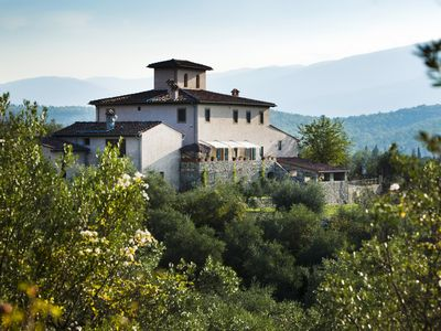 Photo for Villa just 14 km to Florence, 8 bedrooms. Private garden, pool heated and Wi-Fi