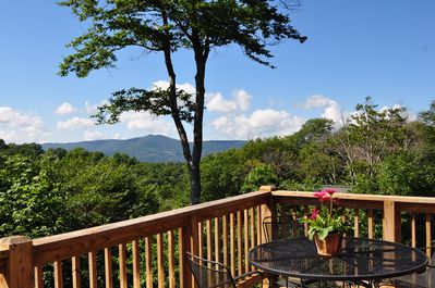 Gorgeous mountain views from the patio