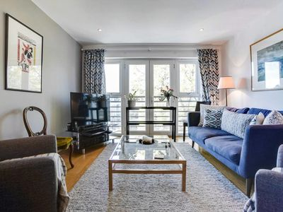 Photo for Bright 1 bed apartment near Clapham Common