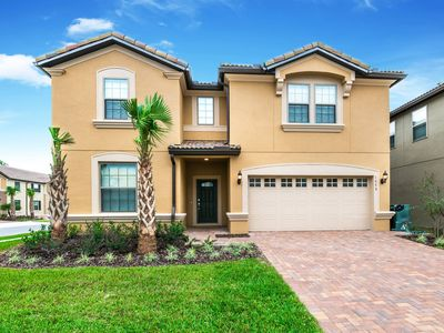 Photo for Brand New 9br Loaded with Amenities, A Must See!