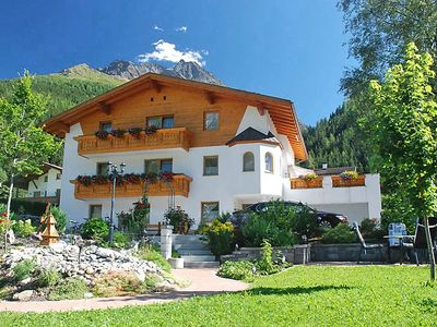 Photo for Apartment Stark in Pettneu am Arlberg - 10 persons, 4 bedrooms
