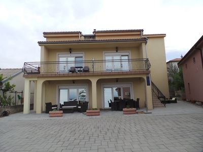 Photo for Studio with balcony, air conditioning and internet