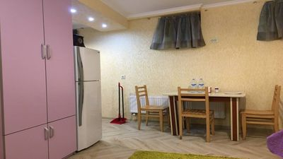 Photo for Spacious basement studio flat, in the city center.