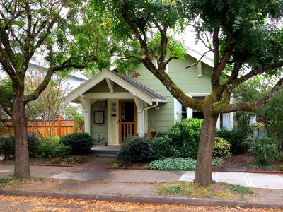 Photo for Green Rose Bungalow, Beautiful Walkable Sellwood