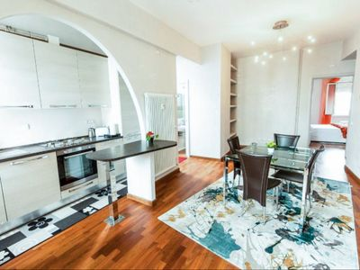 Photo for Under the Roman Starry Sky - Central Rome apartment 2 bedroom top floor