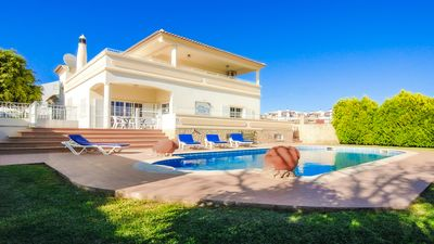 Photo for 4 Bedroom, Luxury Holiday Detached Villa w/Pool in Albufeira, Golf nearby.