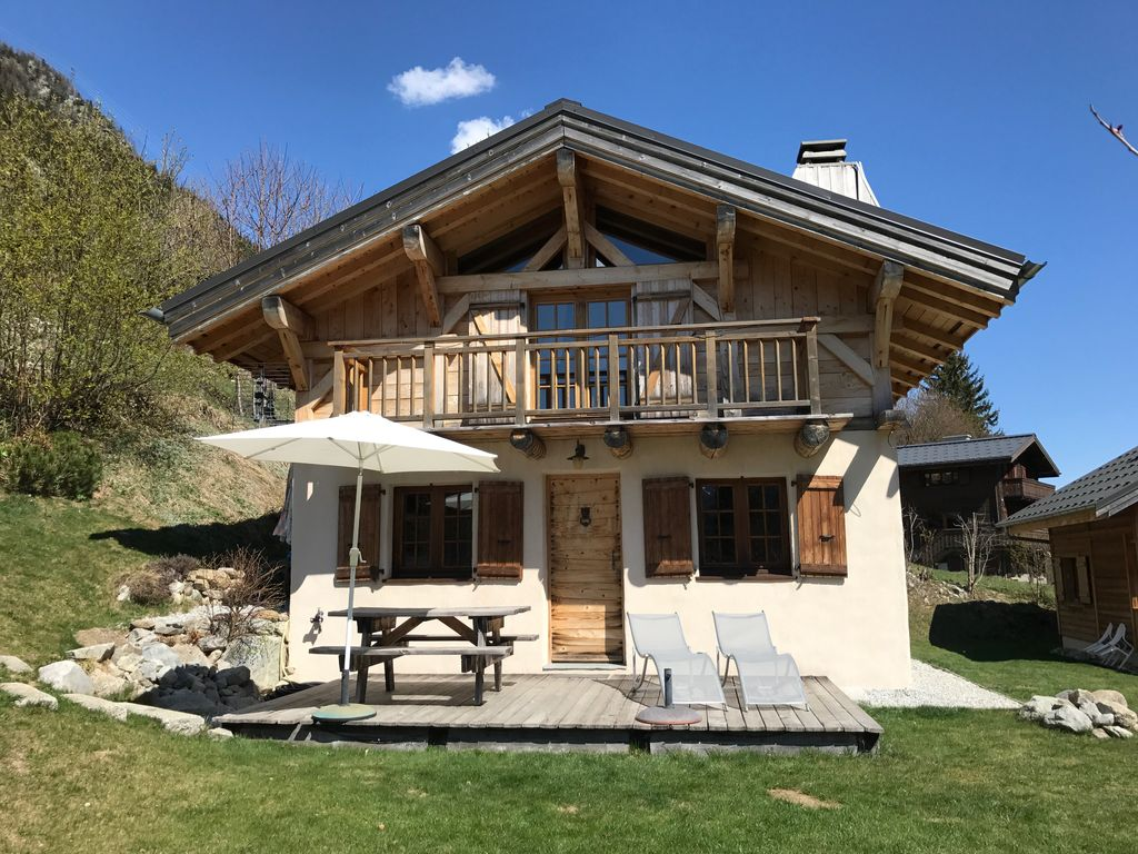 Beau chalet traditionnel tout confort