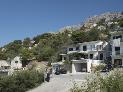 Photo for Two bedroom apartment with balcony and sea view Brela (Makarska)
