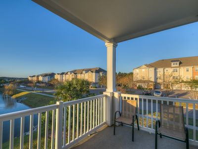 Photo for 2 bedroom 2 Bath 2nd Floor End Unit In Barefoot Resort