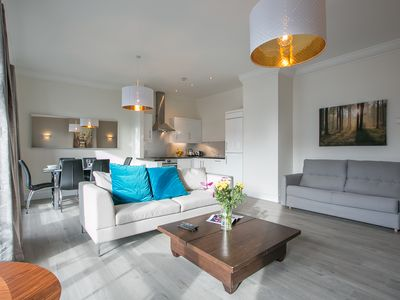 Photo for IFSC Superb Penthouse 3 bedroom 3 bathrooms apartment - sleeps 8