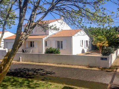 Photo for Vacation home Fregates  in Ile d'Oléron, Poitou - Charentes - 8 persons, 3 bedrooms