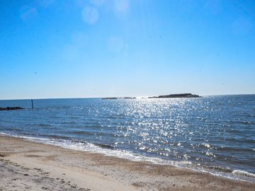 Year Round Beachfront Cottage In Westbrook Ct Dogs Considered