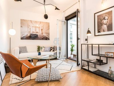 Photo for Homes In Blue - Apartment with 4 bedrooms and 2 bathrooms with capacity for 4 people located a few meters from Calle Alcalá and Parque del Retiro