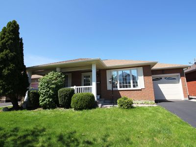 Photo for Lux House, June: 25% off, Close to Niagara Falls