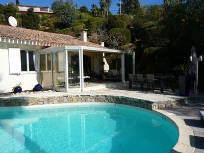 Photo for At 800m sea, pretty Provencal villa, quiet, swimming pool, garden in the Golf St. Tropez