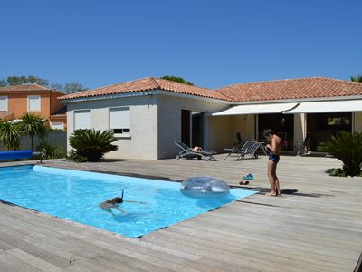 Photo for South facing villa quiet 150 meters from the sea