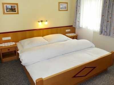 Photo for Beautiful apartment for 10 people with WIFI, TV and parking
