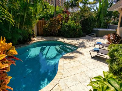 Tropical beach home with Private Pool & hot tub; 1 block to the beach