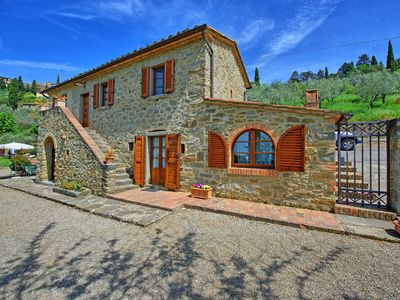 Photo for Spectacular villa in the town of Cortona with private pool and amazing views
