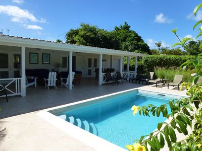 Photo for Villa with private pool; Sunset Crest, Holetown.