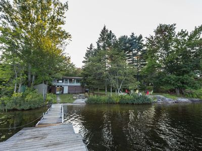 Muskoka Lakefront Cottage