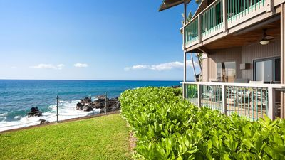 Photo for Ocean Front  Luxurious Kona Condo at Kanaloa, 2 king beds