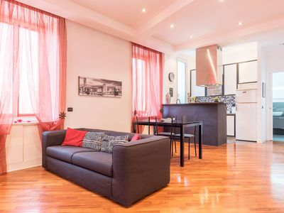 Photo for Modern and Bright flat near Trastevere