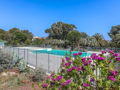 Photo for Apartment Le Grand Parc in Saint Aygulf - 4 persons, 1 bedrooms